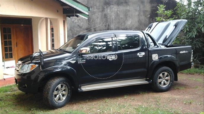Used 2006 Toyota Highlander 4WD for sale in Colombo - Buy